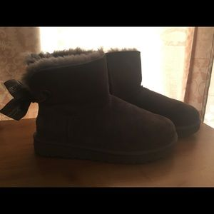 UGG Shoes - UGG ankle high winter boots
